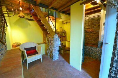 Maison de vacances moderne à Zato en Italie près de la forêt