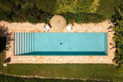Villa luxueuse avec piscine à Ostra Vetere