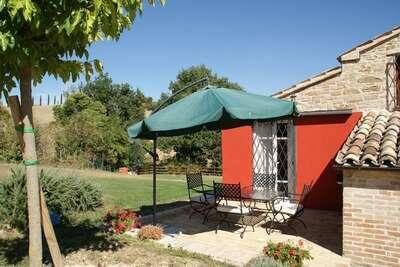 Maison de vacances du 16e siècle à Treia vue côte Adriatique