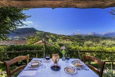 Appartement magnifique avec piscine à Monte San Martino