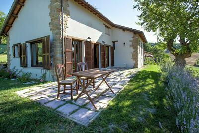 Spacieuse maison à Amandola près du lac de San Ruffino