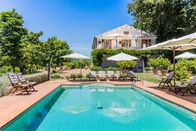 Villa moderne à Ripatransone avec piscine