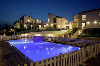 Maison de vacances moderne avec piscine à Pedaso