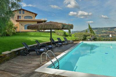 Luxueuse villa à Massignano avec piscine