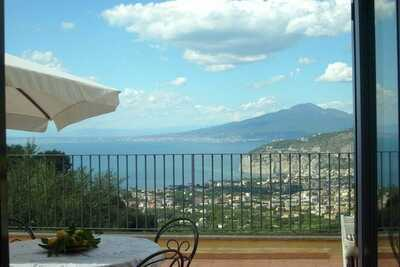 Élégante ferme avec vue sur la mer à Sant'Agnello