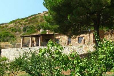 Belle ferme avec terrasse à Cetraro