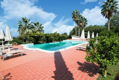 Maison de vacances avec piscine à Ricadi, Calabre