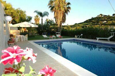 Villa de charme à Trappeto près de la plage