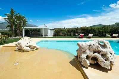 Fabuleuse villa avec piscine à Buseto Palizzolo Italie