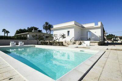 Grande maison de vacances avec piscine privée à Marsala