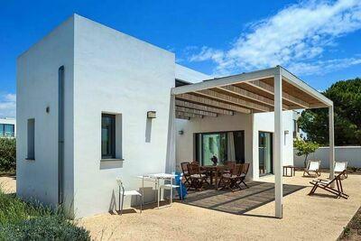 Villa contemporaine avec jardin méditerranéen à Menfi