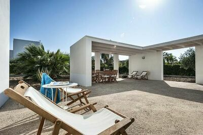 Villa nouvellement conçue avec barbecue à Menfi, Italie