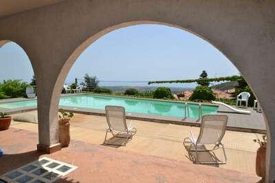 Villa de luxe avec piscine privée entre Etna et mer