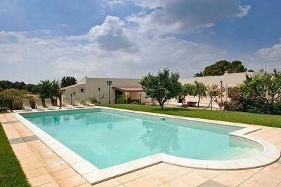 Villa moderne avec piscine privée à Campanella-Gianforma