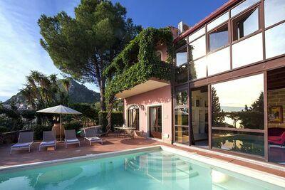 Villa privée pittoresque avec piscine