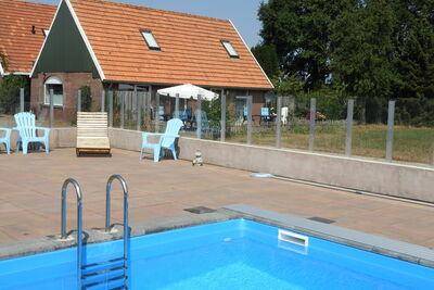Maison de vacances spacieuse avec piscine à Rekken