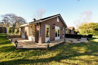 Maison de vacances spacieuse proche de la forêt à Guelders