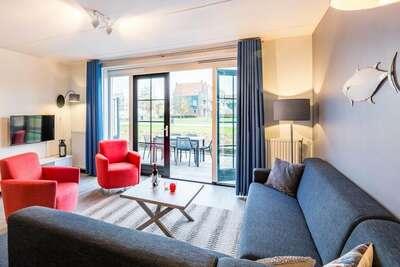 Appartement refait à neuf style Volendam sur le Markermeer