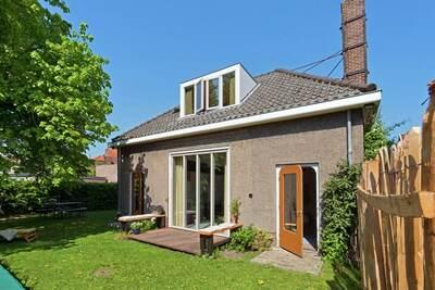 Charmante maison de vacances à Schagen, avec jardin