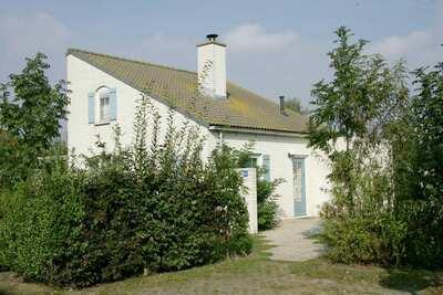 Maison spacieuse avec lave-vaisselle et cheminée sur Texel