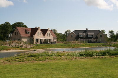 Grande villa avec lave-vaisselle et cheminée déco sur Texel