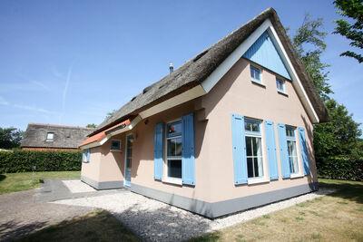 Villa classique avec lave-vaisselle, sur Texel, mer à 2 km