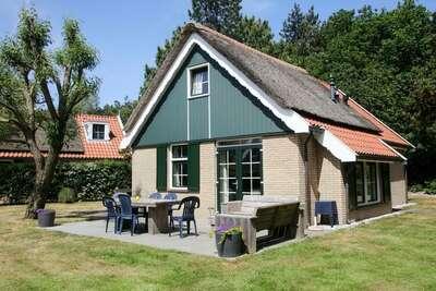 Maison de campagne avec lave-vaisselle, sur Texel, mer à 2 km