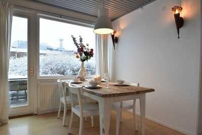 Maison de vacances moderne avec terrasse à Bergen aan Zee