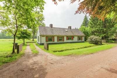 Maison de vacances confortable à Baarn avec jardin privé