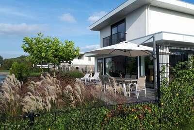 Villa moderne avec jacuzzi et sauna à Harderwijk Flevoland
