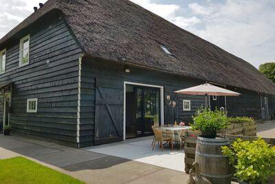 Ferme moderne avec sauna dans le Kamperland