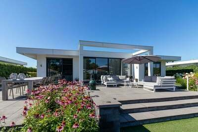 Maison de vacances confortable avec jetée à Harderwijk