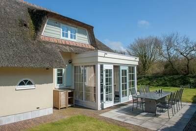 Villa au toit de chaume avec Wi-Fi, mer à 1 km à Domburg