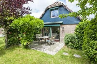 Belle maison de vacances à Wolphaartsdijk près du lac