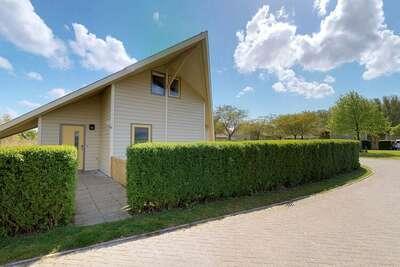 Confortable villa avec lave-vaisselle, à Veerse Meer