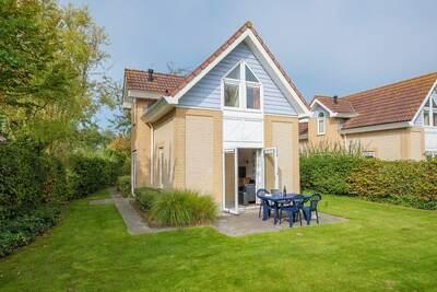 Villa joliment meublée avec jardin, à 1 km de la plage