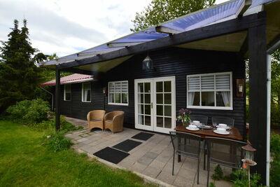 Maison de vacances douillette à Moergestel avec jardin