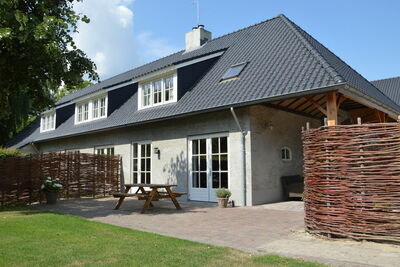 Maison de vacances de luxe à Haaren près de la forêt