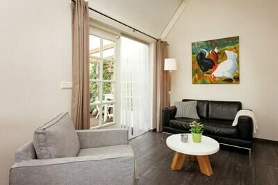 Jolie maison de vacances à Ravenstein avec terrasse couverte