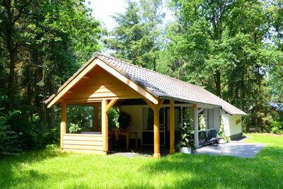 Maison de vacances moderne à Stramproy dans un parc naturel