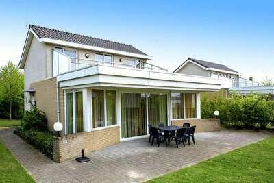 Belle maison de bien-être avec solarium, à proximité d'eau