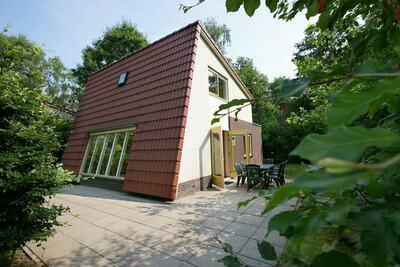 Villa indépendante en forêt avec lave-vaisselle, à De Veluwe