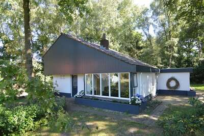 Maison de vacances moderne à Haaksbergen avec jardin