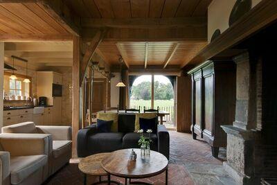 Ferme confortable à Enschede avec terrasse