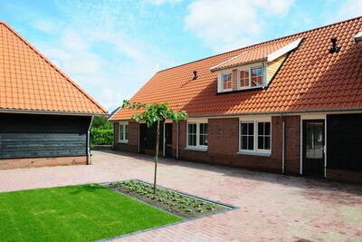 Maison avec bain à remous et 6 salles de bain, à Twente