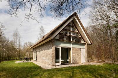 Villa en chaume avec 2 salles de bain, à 8 km d'Hoogeveen