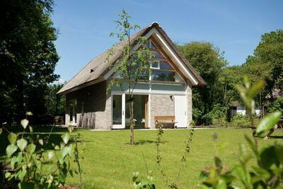 Villa 2 salles de bains avec solarium, à 8 km d'Hoogeveen