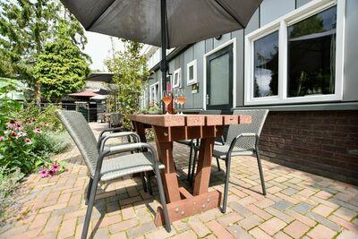 Maison de vacances moderne à Hulshorst avec terrasse privée