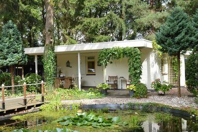 Bungalow de luxe à Wateren avec étang