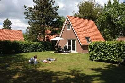 Résidence de vacances confortable près de Langweerder Wielen